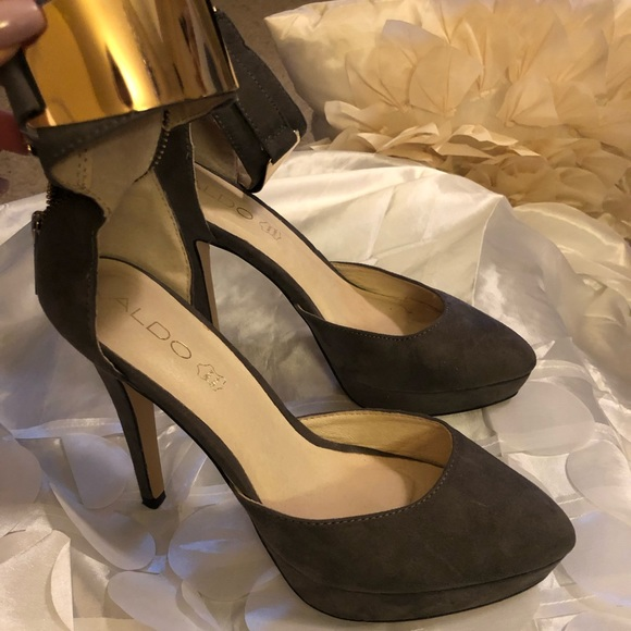 Aldo Shoes - Aldo Gray Suede Pump with Gold Metal Strap.